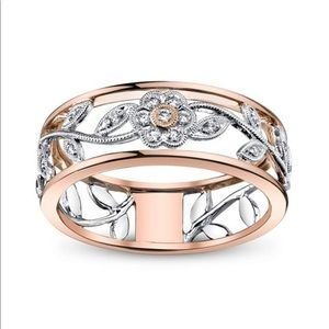 Jewelry - Rose gold flora cz ring